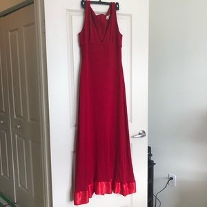 Red St. John Evening Gown Size 10